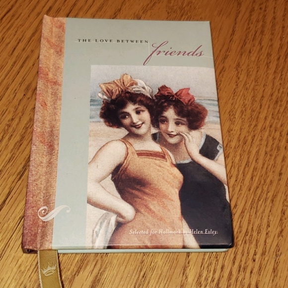 🛍 2/$5 🛍 The Love Between Friends giftbook